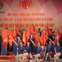 Tuổi trẻ Việt Nam học tập và làm theo lời Bác
